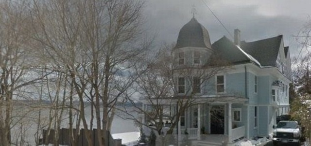 Legal Haunted Home 1,9 Million